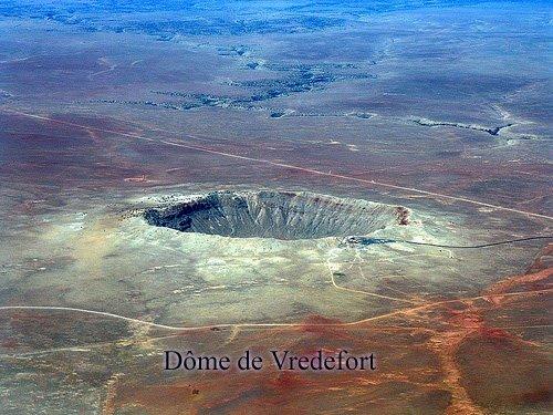 """Résultat de recherche d'images pour """"cratère de Vredefort"""""""